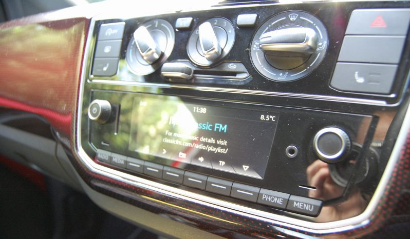 Volkswagen Up GTI full